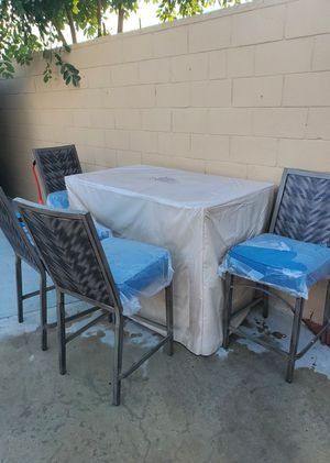 PATIO FURNITURE WITH FIREPIT PROPANE Alluminum frame for Sale in Los Angeles, CA