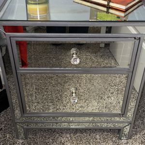 Mirrored Nightstand for Sale in Tualatin, OR