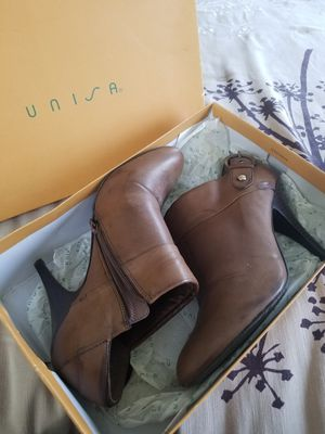 Unisa brown leather booties size 9 for Sale in West Palm Beach, FL