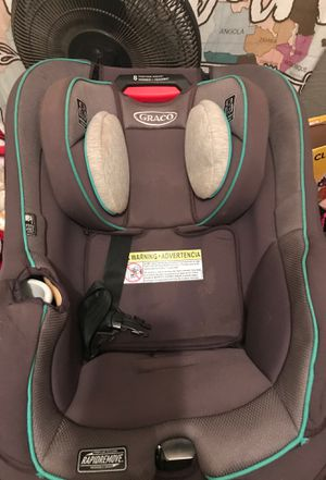 Grayco car seat reclines and can be used from infant to toddler! for Sale in Lumberton, TX