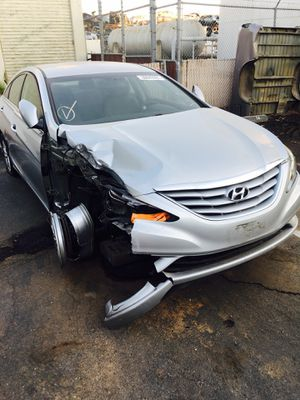 2011 Hyundai Sonata FOR PARTS for Sale in Rancho Cordova, CA