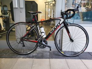 Gigant Full Carbon, Shimano Ultegra components road bike for Sale in Miami, FL