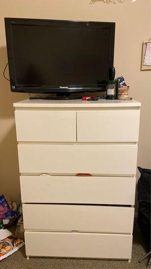 Dresser for Sale in Bellevue, WA
