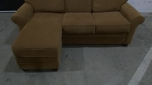 Gorgeous couch with Automon Flawless!!! for Sale in Lawrenceville, GA