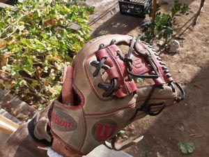 Custom wilson DP15 11.5 baseball glove for Sale in San Bernardino, CA