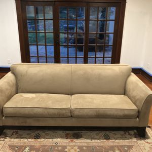 Pottery Greenwich Couch for Sale in Mountain Lakes, NJ
