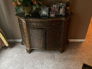 Console Table for Sale in Zephyrhills, FL