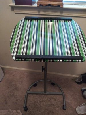 Laptop stand for Sale in Memphis, TN