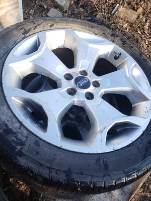 Factory ford rims set of 4 great condition for Sale in Kenyon, MN