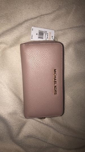 Michael Kors wallet for Sale in Austin, TX
