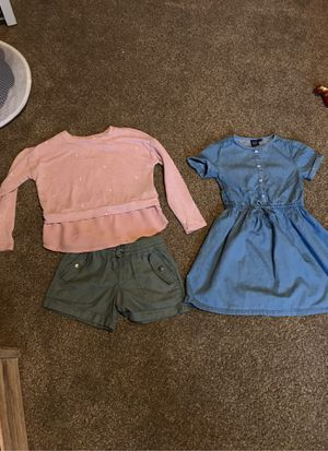 Gap clothes for Sale in Oakley, CA