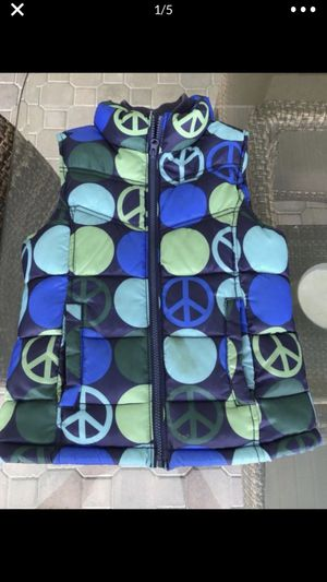 Old Navy Blue Peace sign puffer Vest Size M for Sale in Babson Park, FL