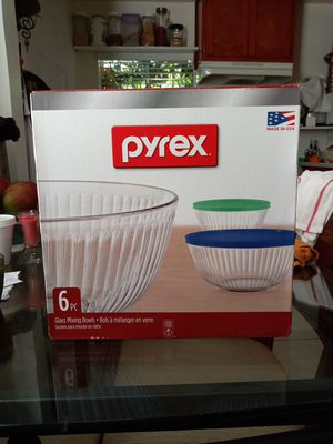 Pyrex 6 pc Glass mixing Bowls for Sale in Bell Gardens, CA