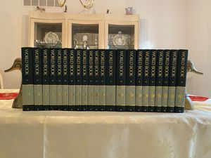 WORLD BOOK Encyclopedia Set in MINT condition for Sale in Portage, MI