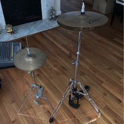 Cymbal Set Both Pieces for Sale in Stoughton,  MA