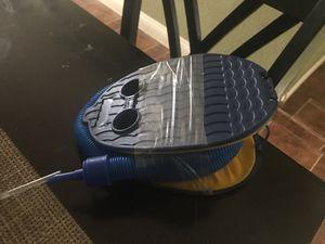 Bomba de aire de piedra excelente condiciones $10 for Sale in San Diego, CA