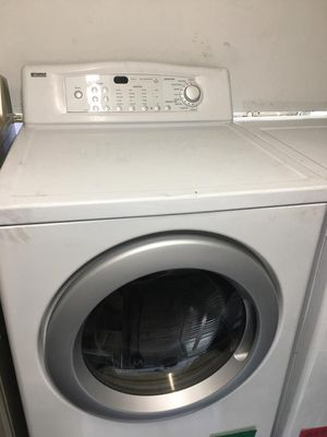 KENMORE SET WASHER AND GAS DRYER FRONT LOAD for Sale in La Habra, CA