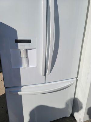 Kenmore 3 drawer refrigerator for Sale in Orlando, FL