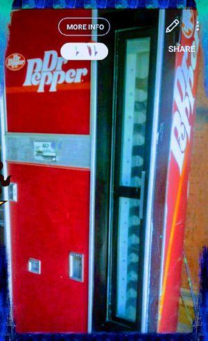 Dr. Pepper glass bottle machine for sale! Even hold beer bottles lol for Sale in Wichita, KS