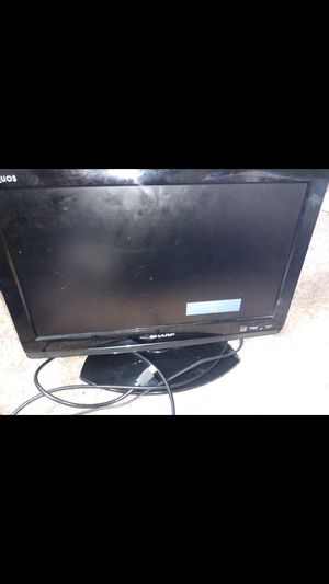19 inch sanyo with remote for Sale in Cleveland Heights, OH