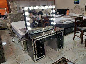 BRAND NEW VANITY MIRROR IMPRESSIONS ONLY ADD MATTRESS AND NEW FURNITURE AVAILABLE for Sale in Montclair, CA