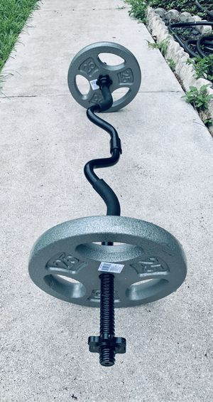 New curl bar and 50 lbs in plates for Sale in Davie, FL