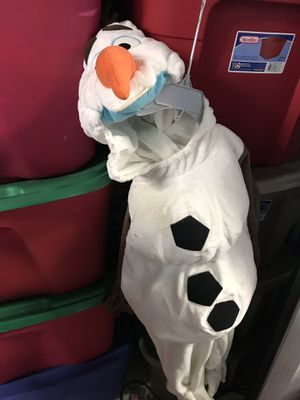 Disney store Olaf costume size 2 for Sale in Miami, FL