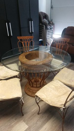 Table for Sale in Milpitas, CA