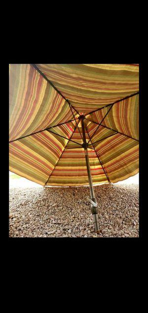 8Ft. Tilt and Hand Crank Unbrella for Sale in Tempe, AZ