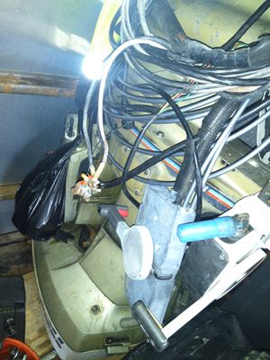 Evinrude 115hp outboard motor for Sale in Riverdale, MD
