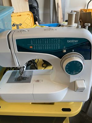 Brother XL-2600i sewing machine for Sale in Auburn, WA
