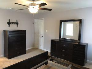 Queen Bedroom Set for Sale in Louisa, VA