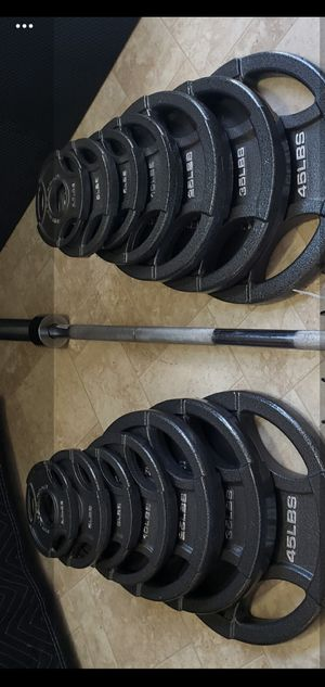 300lb Olympic weight set with 45lb barbell /un-used/ for Sale in Portland, OR