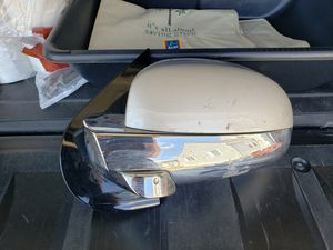 07-13 Cadillac escalades left hand mirror (driver side)OEM for Sale in Warwick, RI