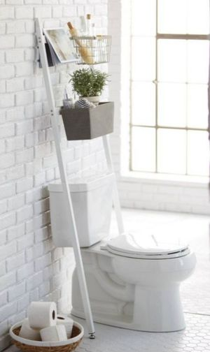 Farmhouse bathroom ladder shelf with baskets & hooks for Sale in Wrightsville, PA