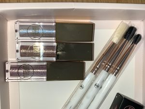LURELLA COSMETICS BRUSHES for Sale in Portland, OR