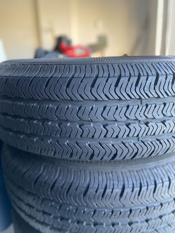 Jeep Wrangler tires and wheels (less than 1000 miles)
