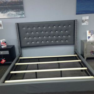Gray Nail Head Trim Bed for Sale in Atlanta, GA
