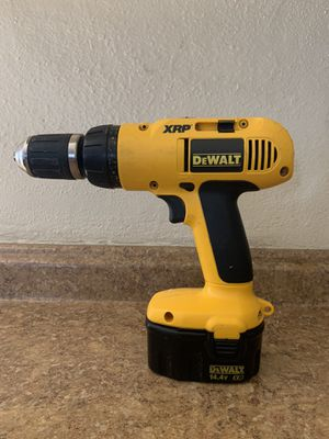 DeWalt Cordless Drill for Sale in Los Angeles, CA