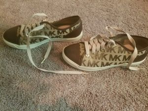 Michael Kors. Size 9 for Sale in Lakewood, WA