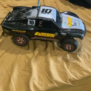 2 Traxxas Rc 2 Batteries And Charger New Controller for Sale in San Jose, CA