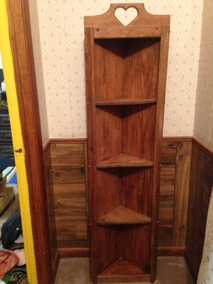 Corner shelf for Sale in Oak Grove, LA