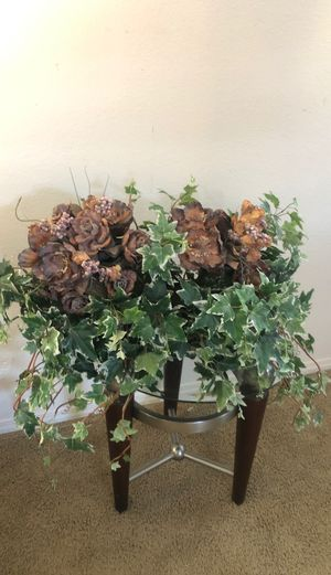 Large fake house plant for Sale in Fontana, CA