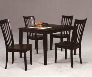 5 Pcs dining table New in box. Price firm. L2 for Sale in Pomona, CA