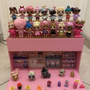 LOL POP SURPRISE POP UP STORE WiTH Dolls ☝️S140 FOR Everything Only today This Price Is Firm ☝️ for Sale in Santa Ana, CA