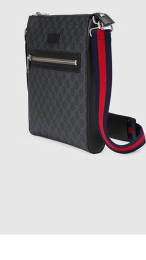 Crossbody Gucci real bag $400 for Sale in Tacoma, WA