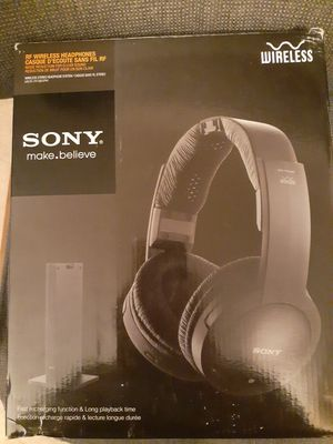 Sony wireless stereo headphones for Sale in Fresno, CA