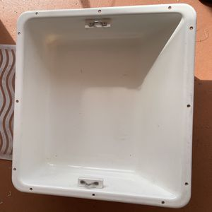 Boat Cooler Storage Trayt for Sale in Hollywood, FL