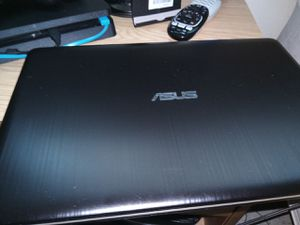 Asus laptop bought it from RAC .hardly use it so I'm selling it cuz I'm in need of $ to buy prescription. I have ownership paper on it. for Sale in Oklahoma City, OK