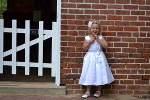 Flower girl dress - size 4/5 for Sale in Joliet, IL